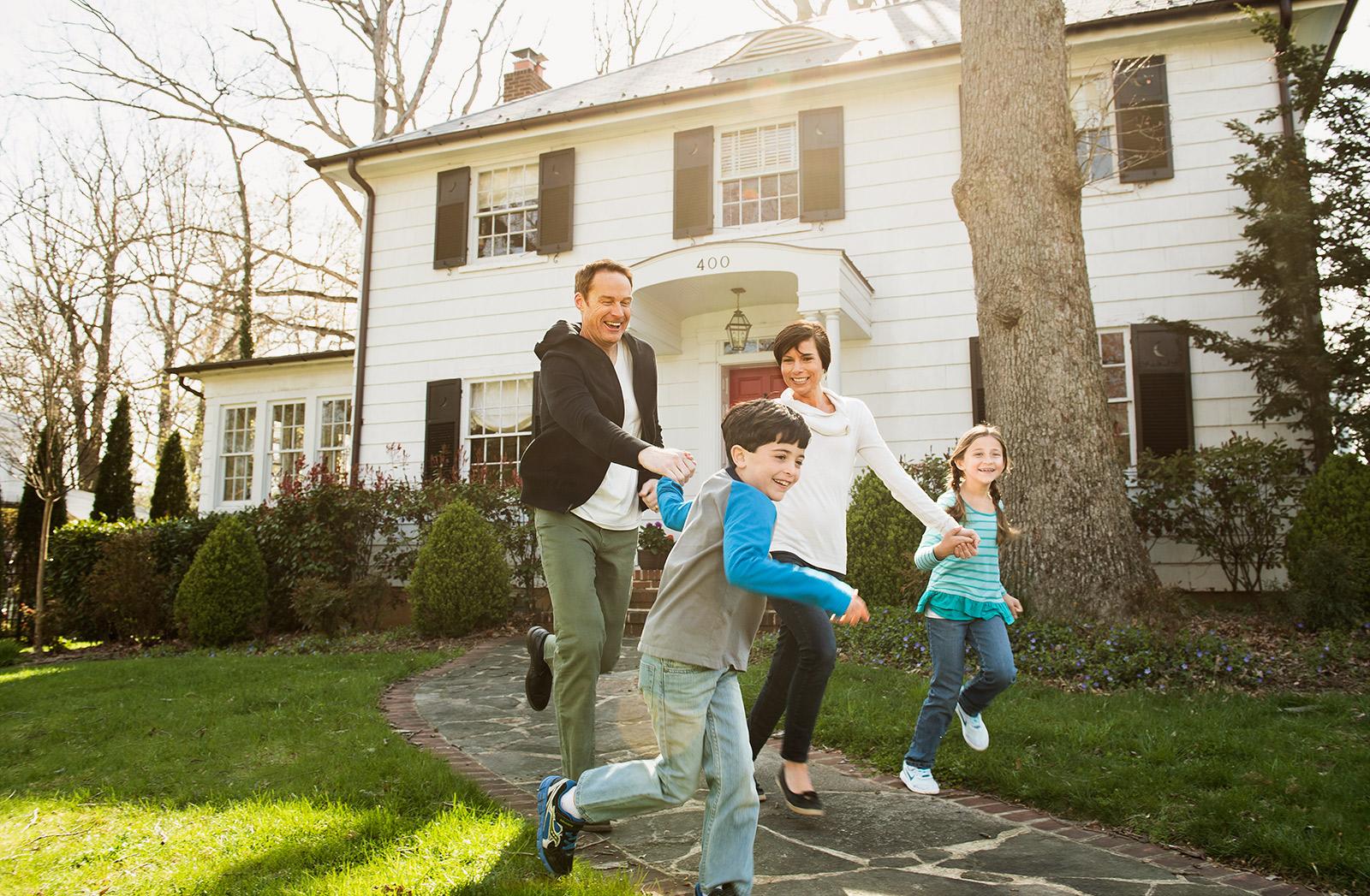 outside_house_family copy.jpg