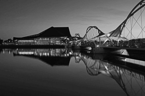 Tempe-Center-for-the-arts_outside-1024x683_bw.jpg