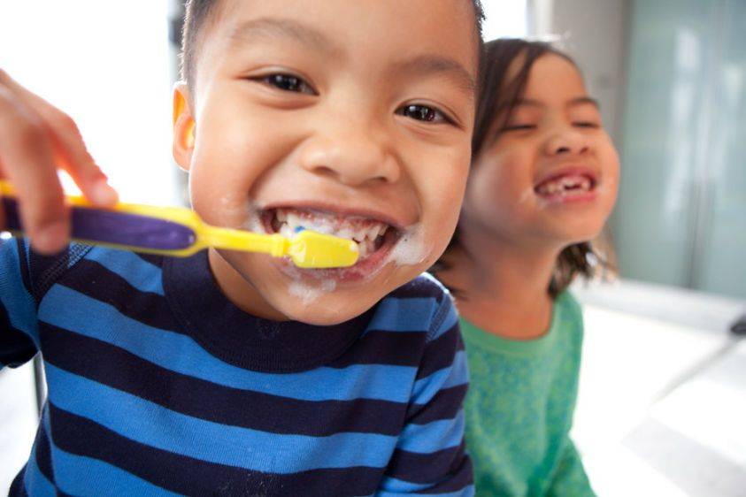 1Asian_Child_Brushing_Teeth_090.jpg