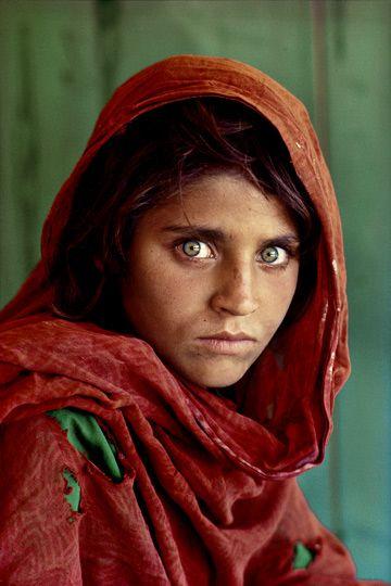 1web_01_MCS_Afghan_girl.jpg