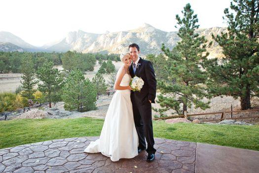 027_Estes_Park_wedding.jpg