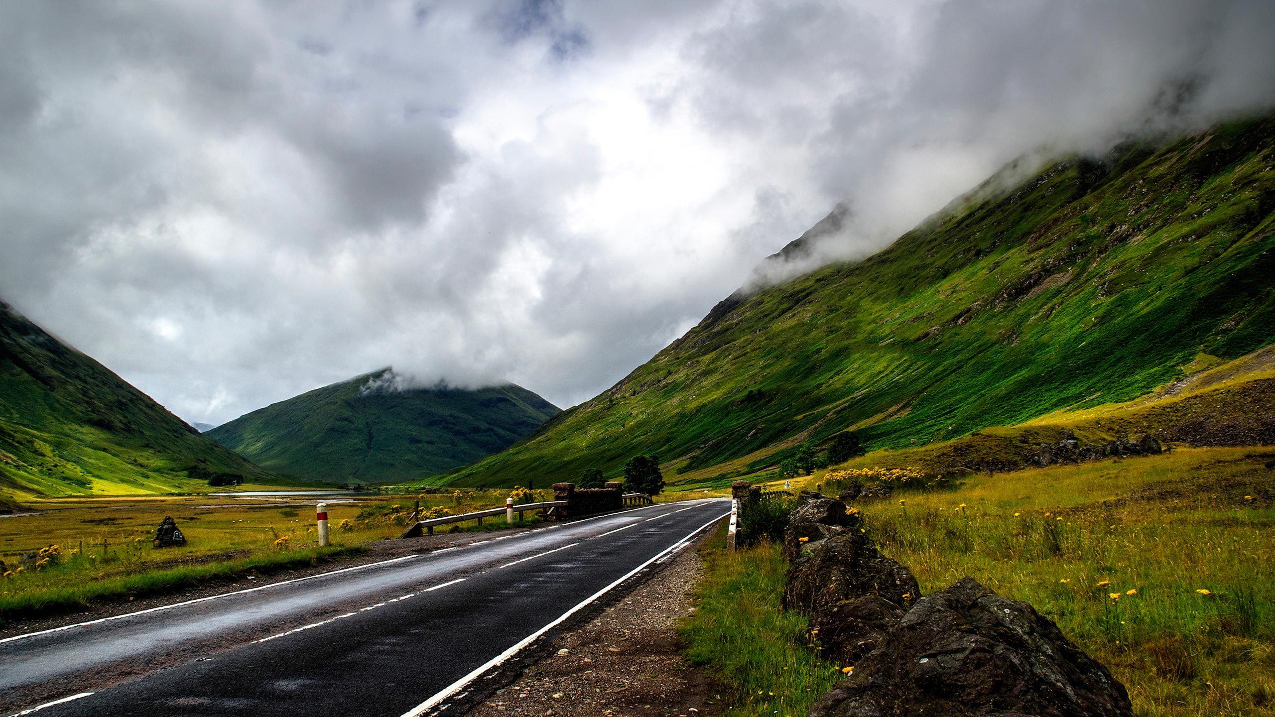 Road_2560x1440.jpg