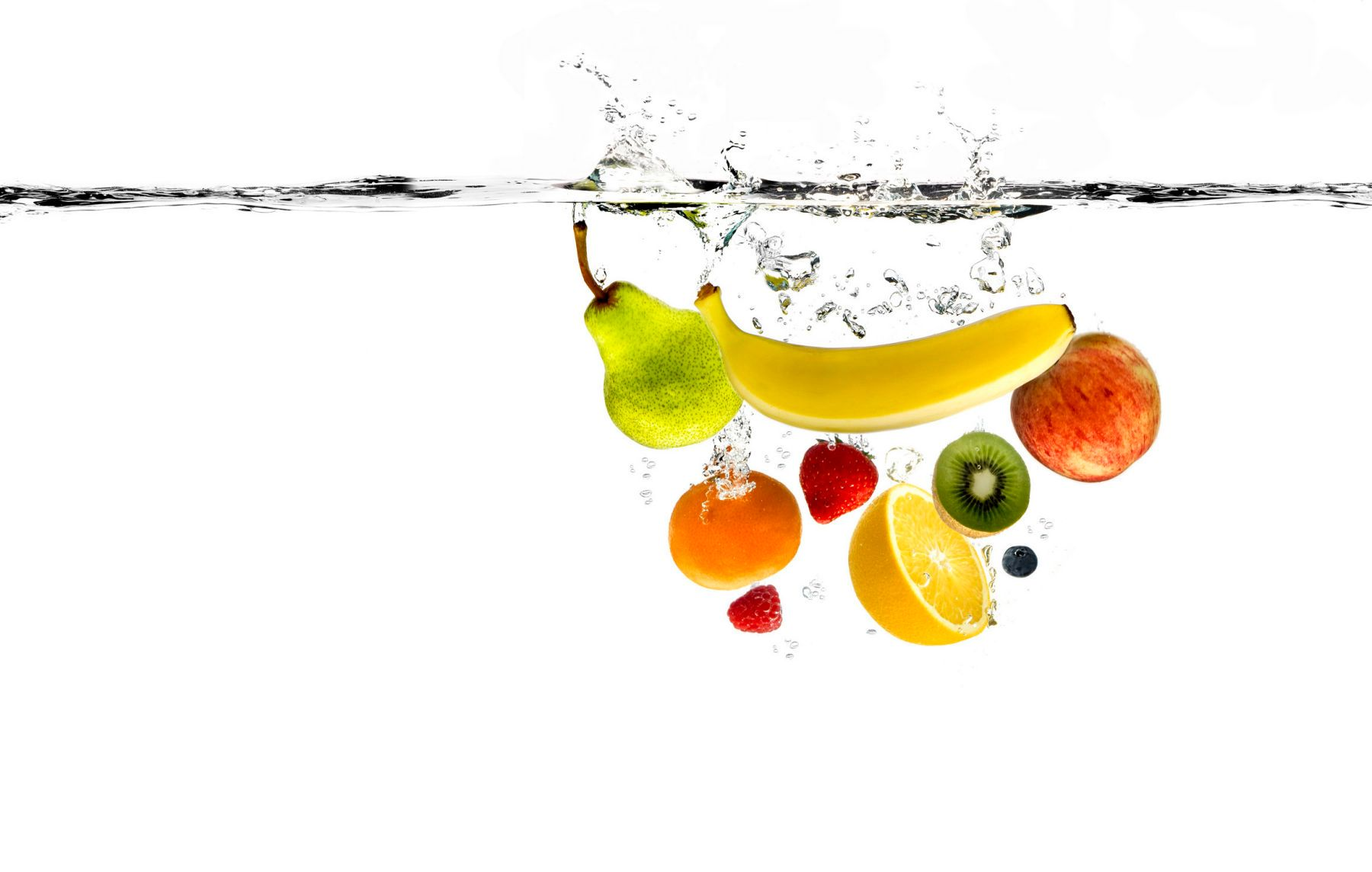 1centra_fruit_under_water___mixed_fruits.jpg