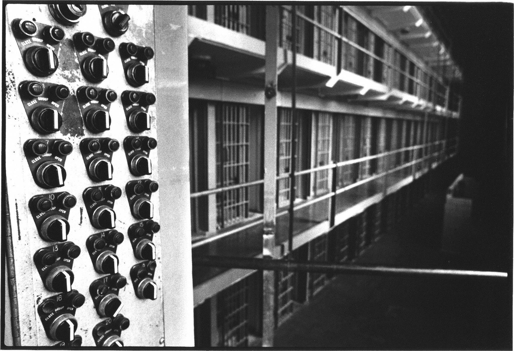 1prison9.jpg