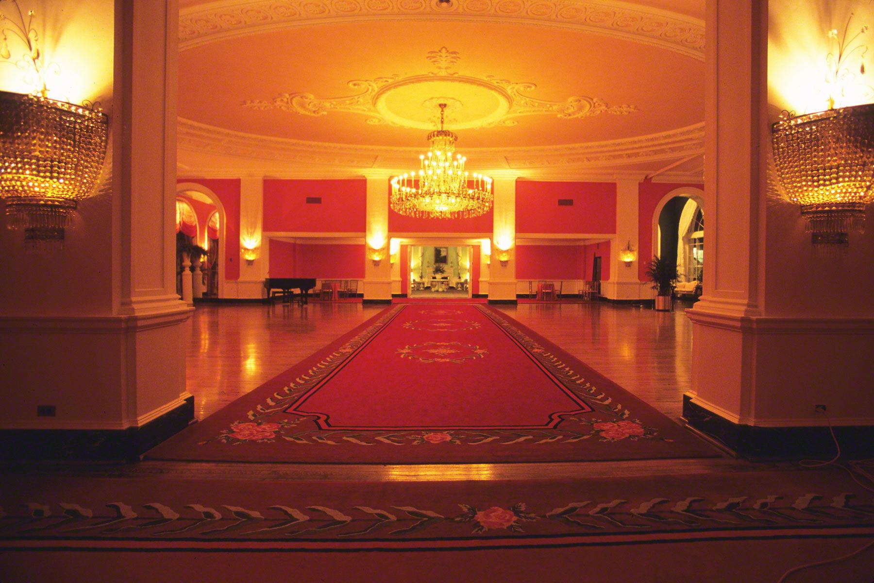 1two_hotels_ballroom.jpg