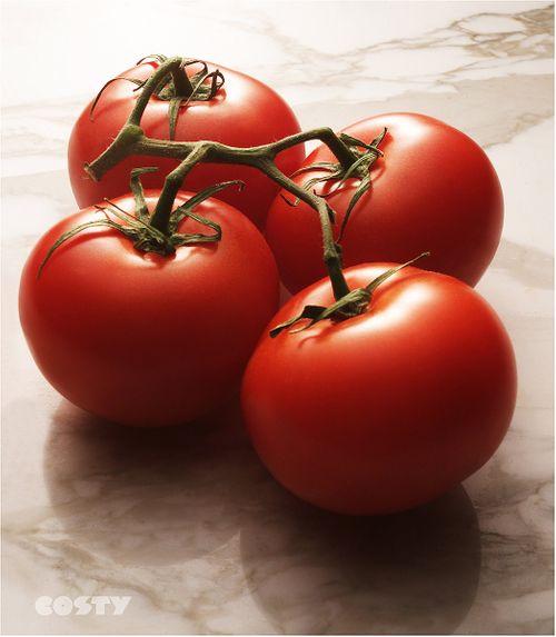 4 TomatoesSuse.jpg