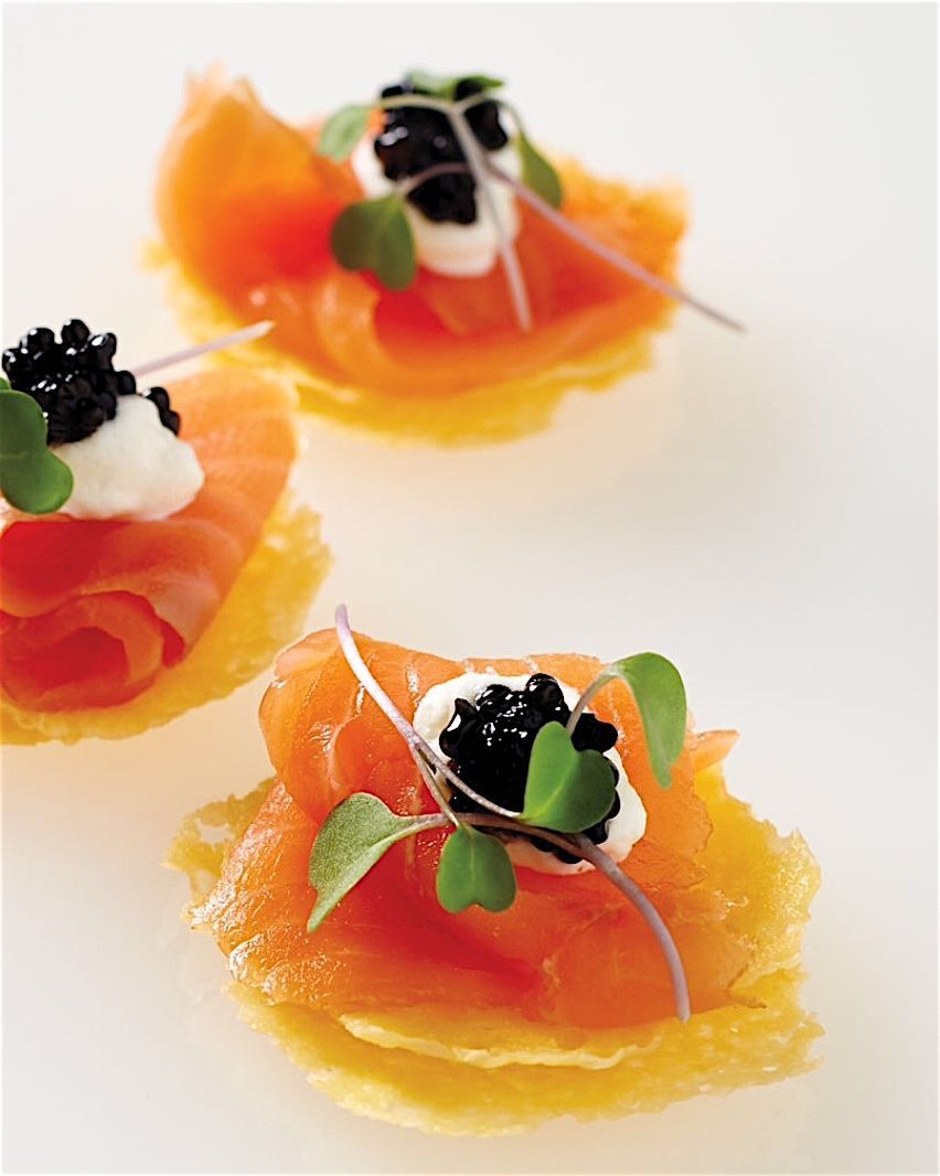 Irinox Home Caviar Lox Parmesan Crisp