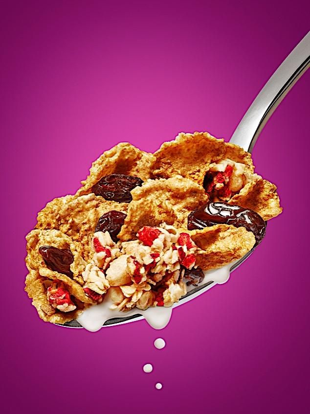 Kellogg's Raisin Bran Crunch packaging