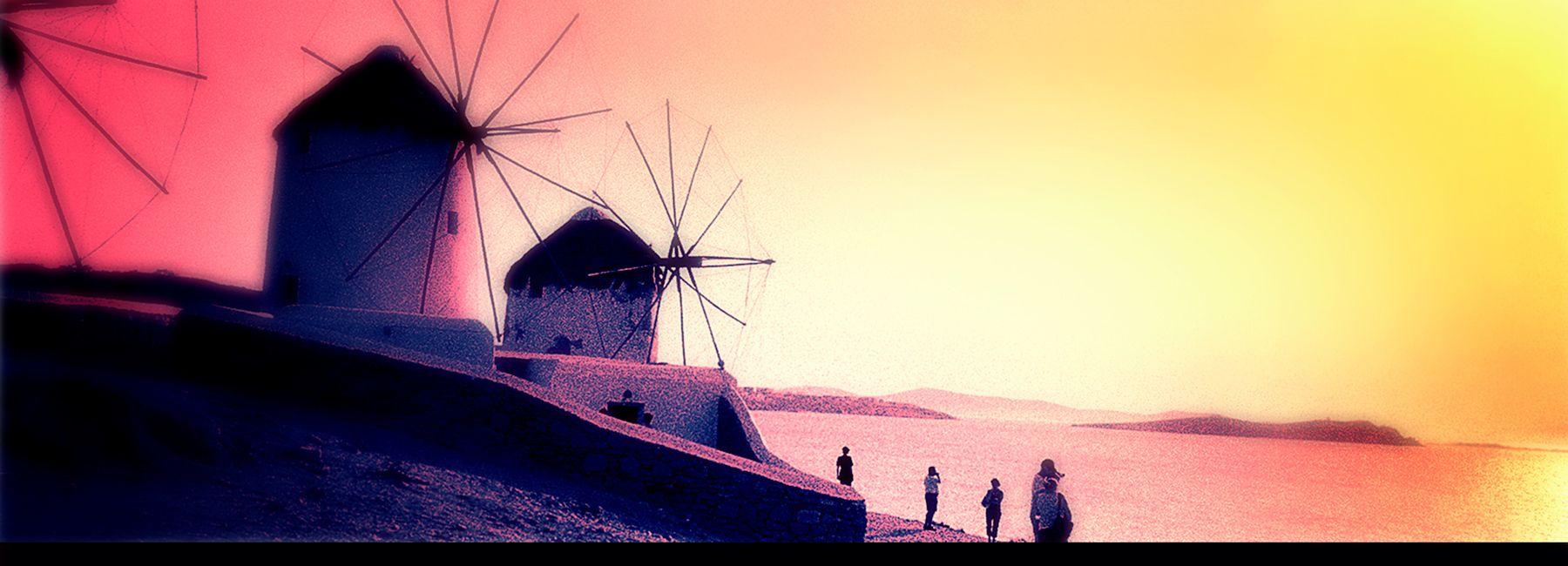 10_0_701_1windmills.jpg