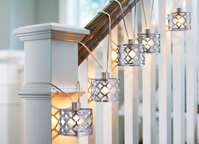 Stringlights_railing.jpg