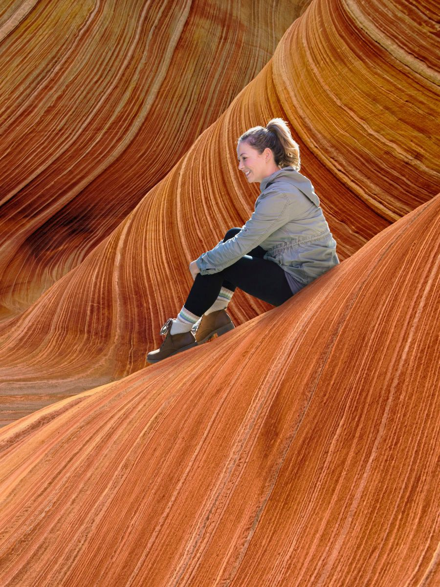 1marketing__antelope_canyon_sitting