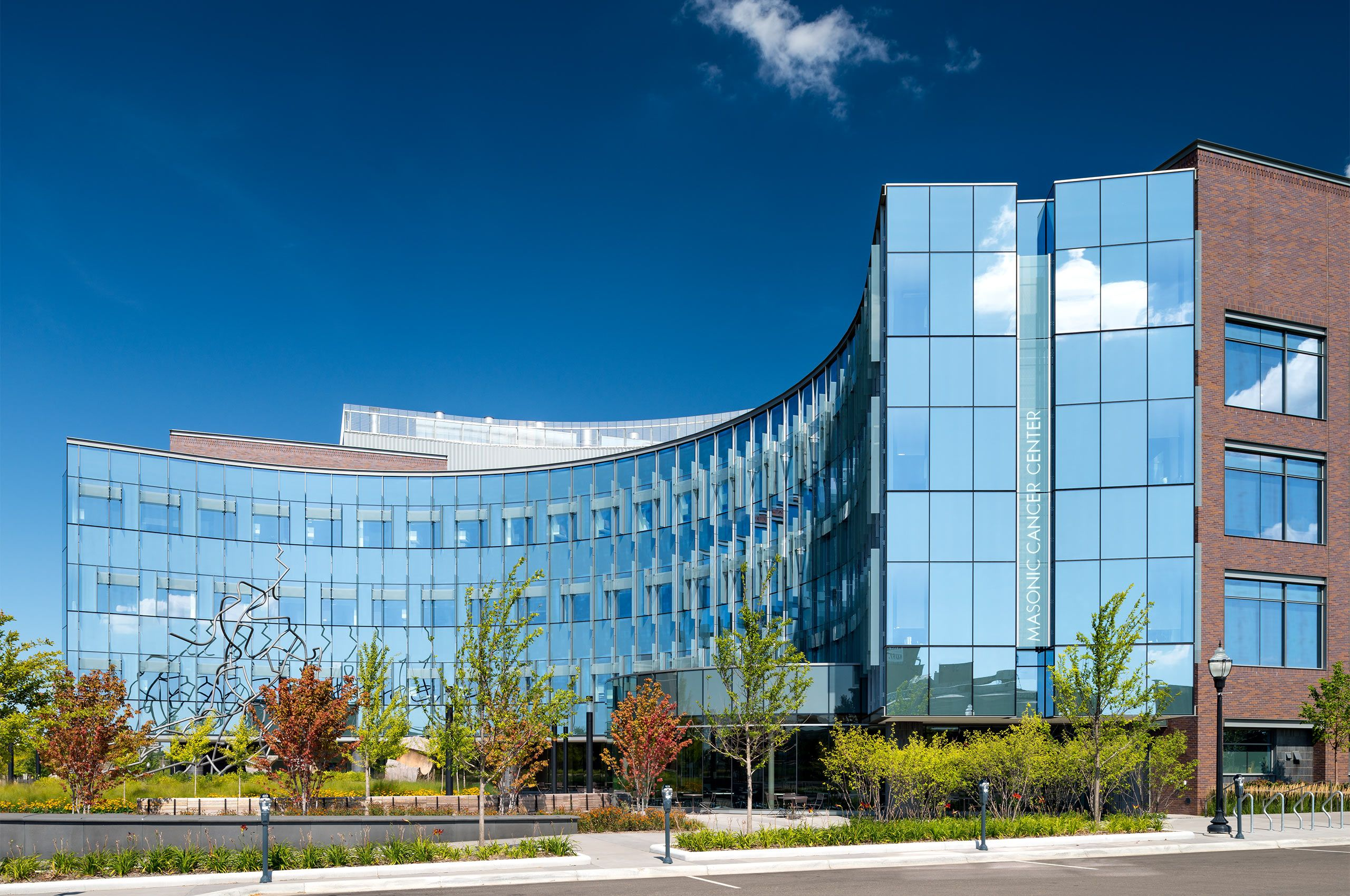 CANCER AND CARDIOVASCULAR RESEARCH BUILDING.  BIOMEDICAL DISCOVERY DISTRICT, UNIVERSITY OF MINNESOTA