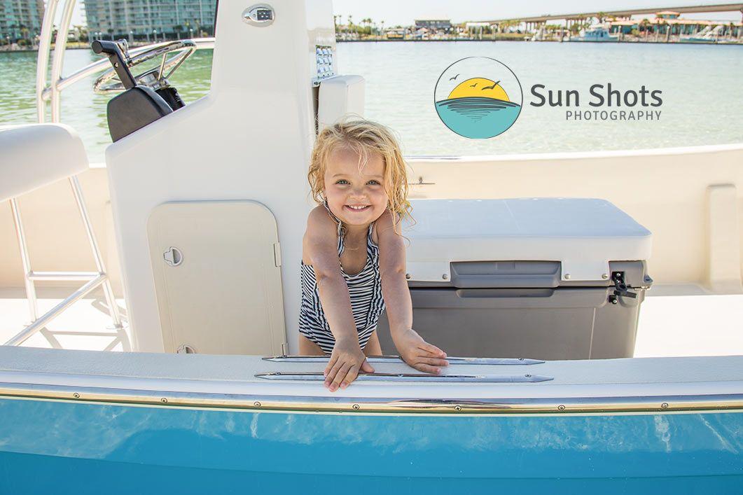 Private island boat photo excursions
