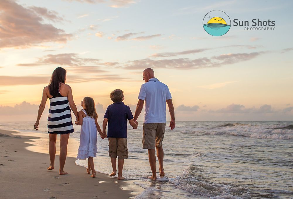 Professional Family beach photographer in Gulf Shores, Alabama