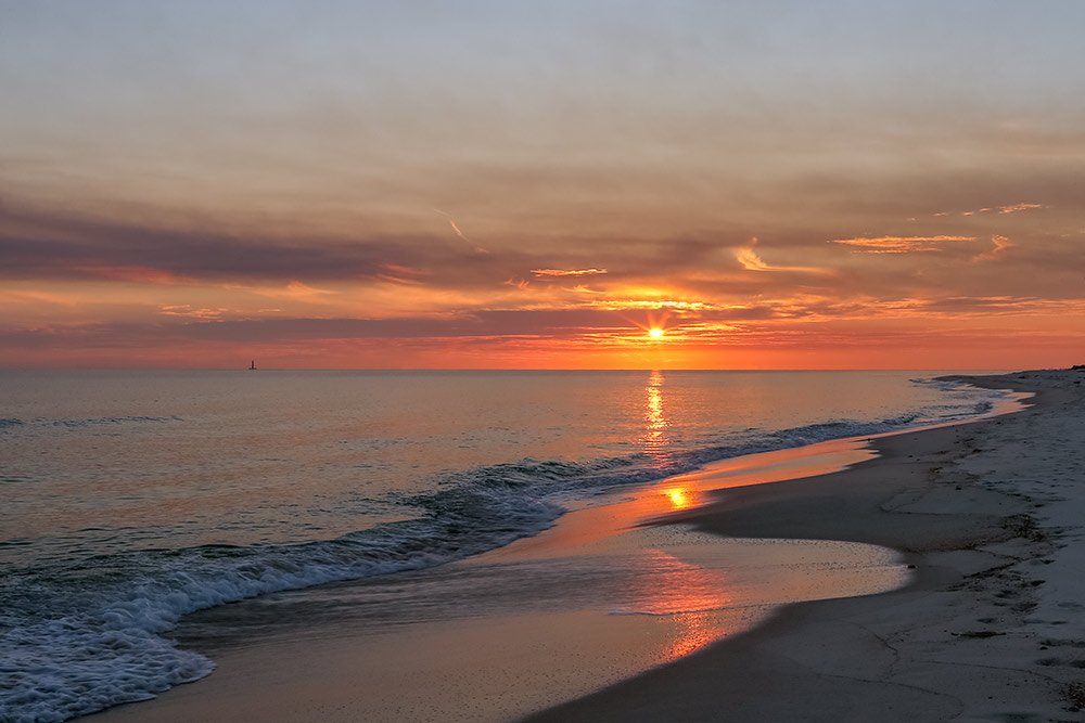 Picture of sunset in Gulf Shores