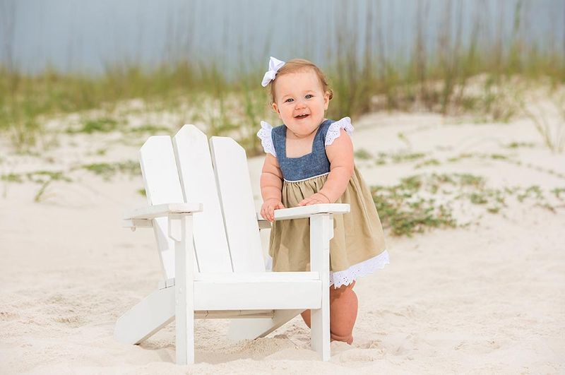 Pro family photographer in Gulf Shores