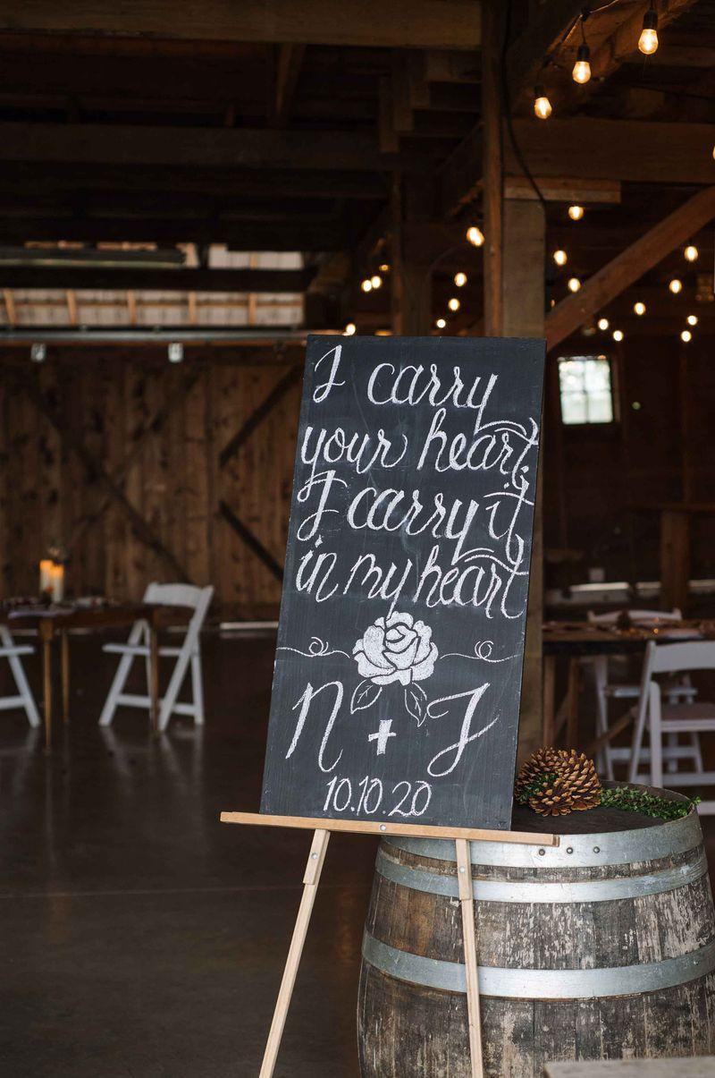 Oregon farm wedding