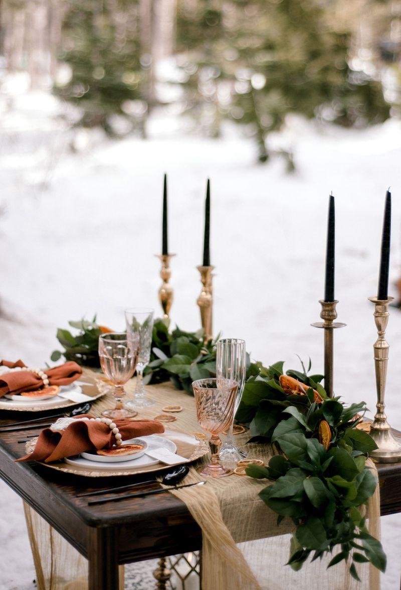 Winter-wedding-table