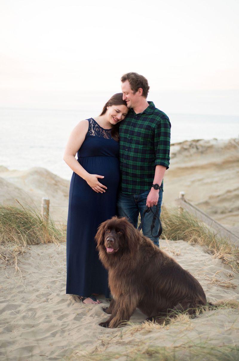 Oregon coast maternity photos