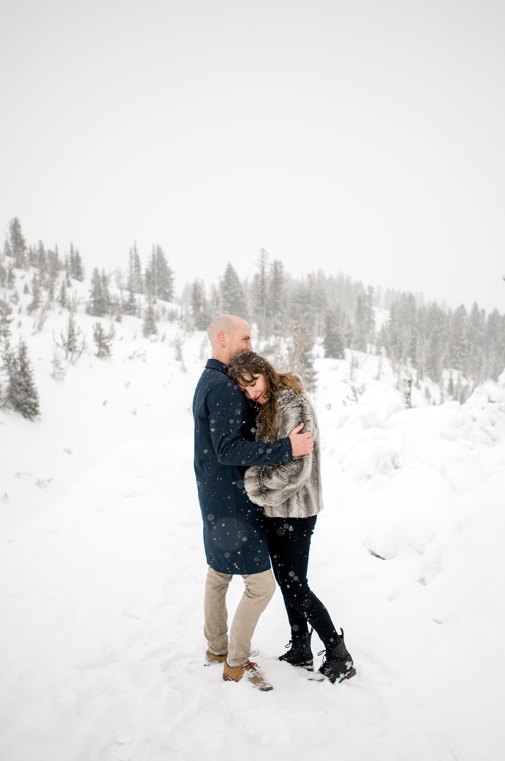 Snowy engagement photos at Timberline