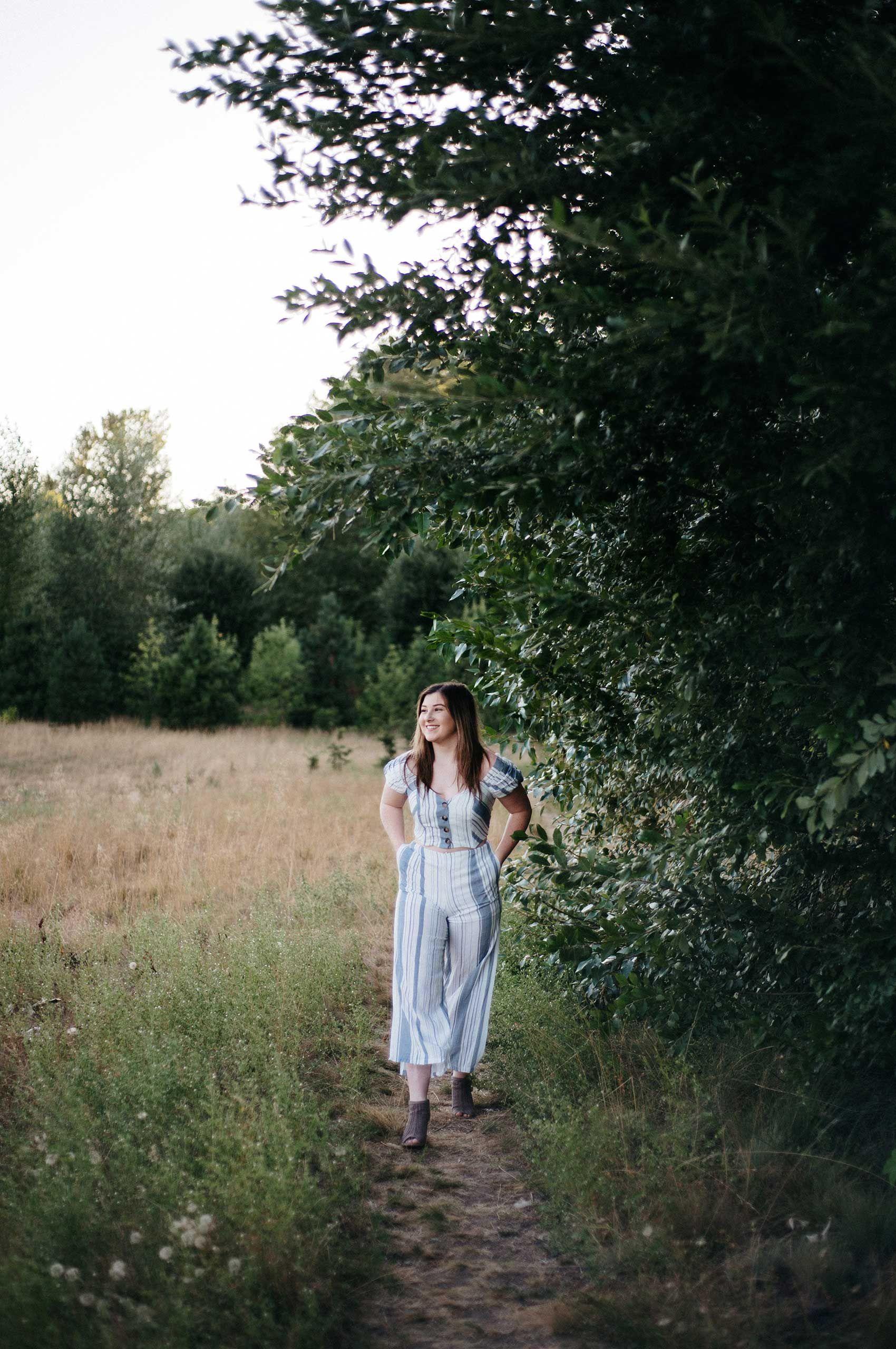 Portraitl2.jpg