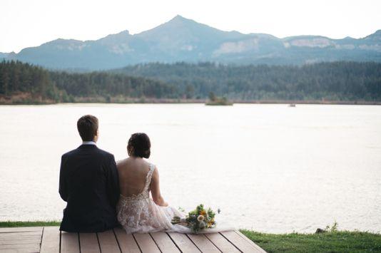 Cascade Locks wedding