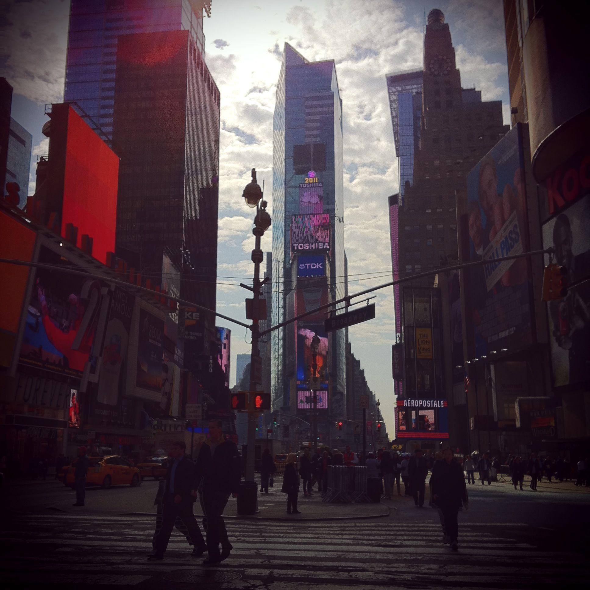 Times-Square-3photo1.jpg