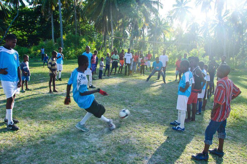 Soccer Kids of Ile a vache, Haiti Simon Russell Photography