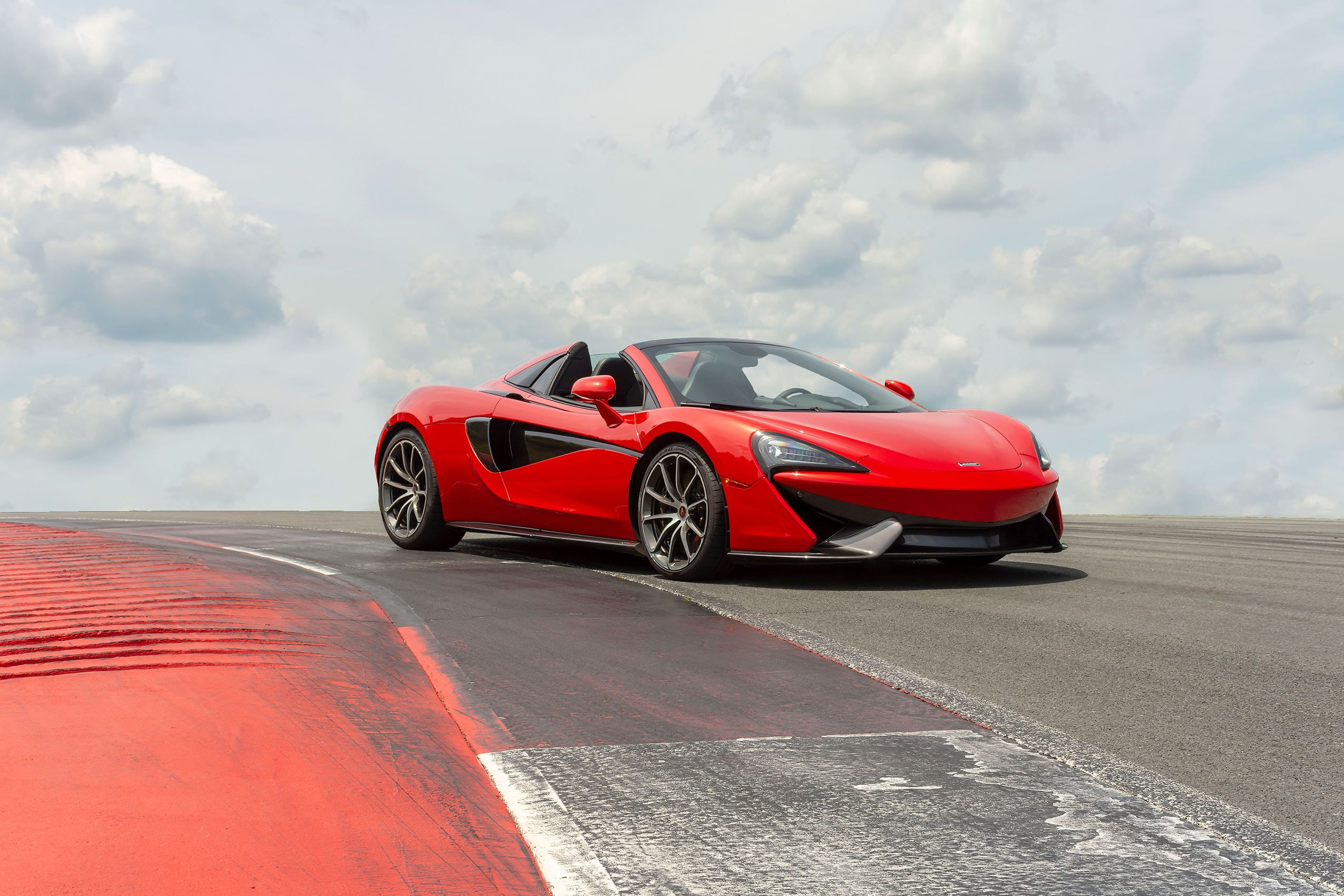 570S-McLaren572.jpg