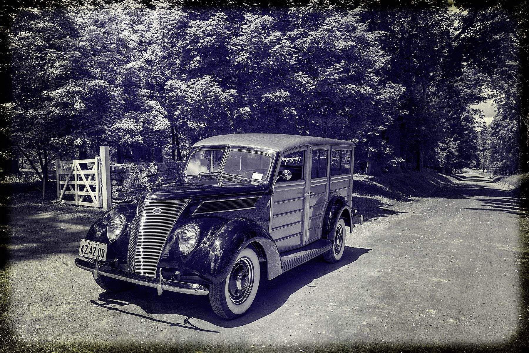 1r1937_ford_woody073.jpg