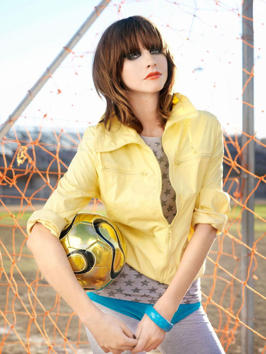 1nw_05_soccer_089v2.jpg