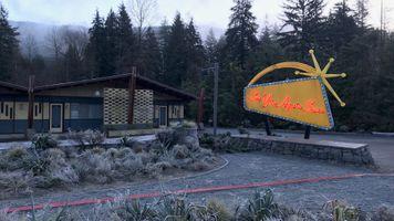 14- Exterior Motel- Location (5).jpg