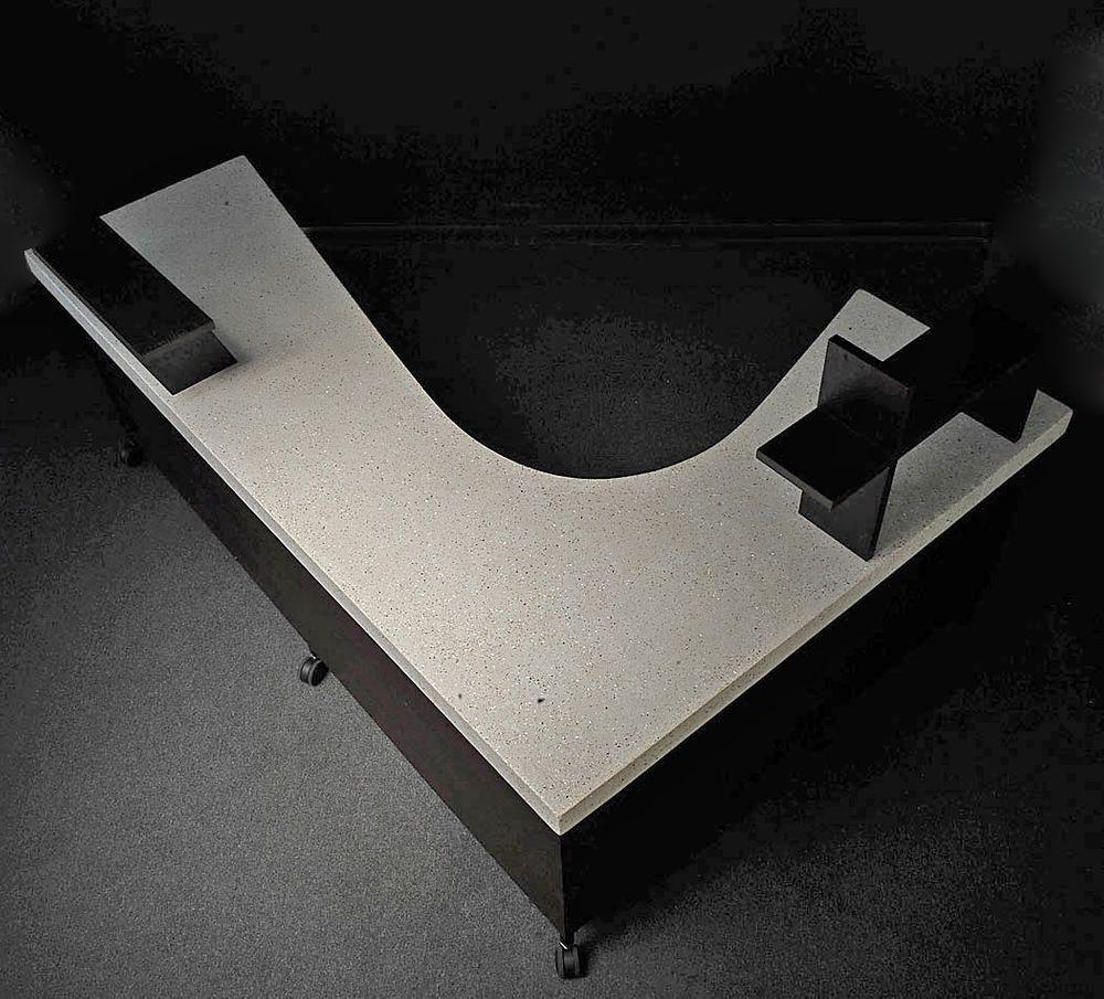 DeskRcptn-1-.jpg