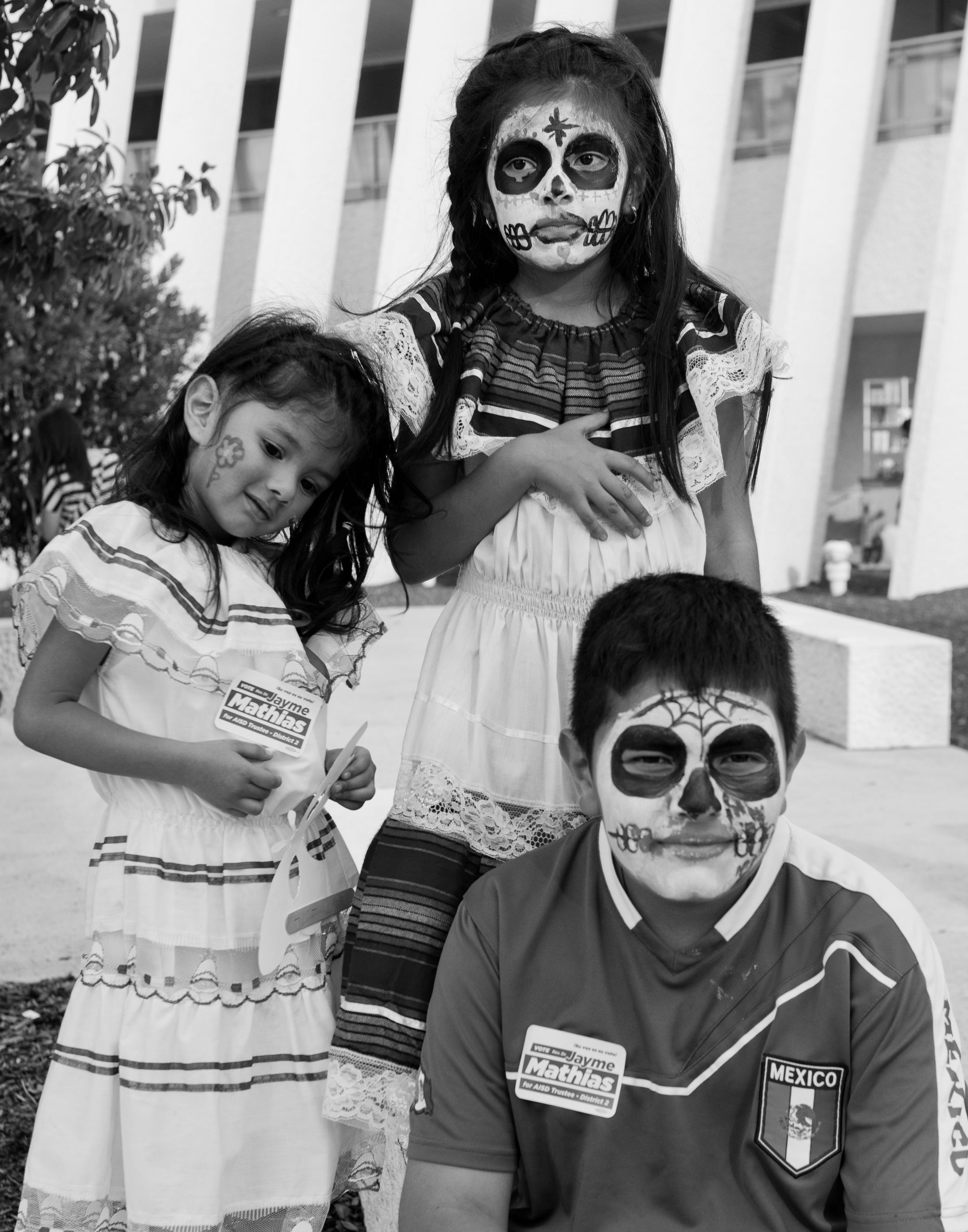 Children at the Día De Los Muertos Celebration
