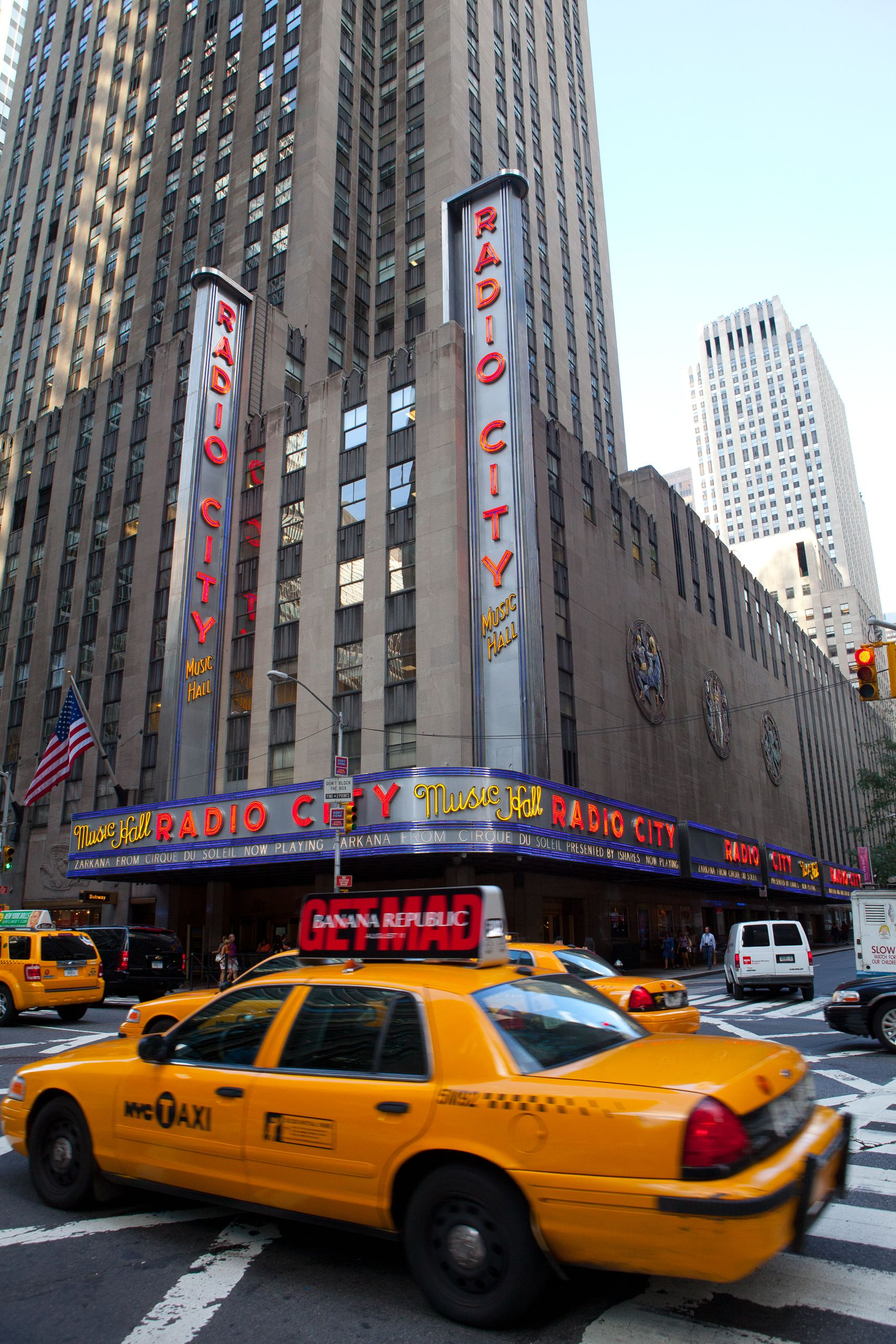Radio City Music Hall and cab