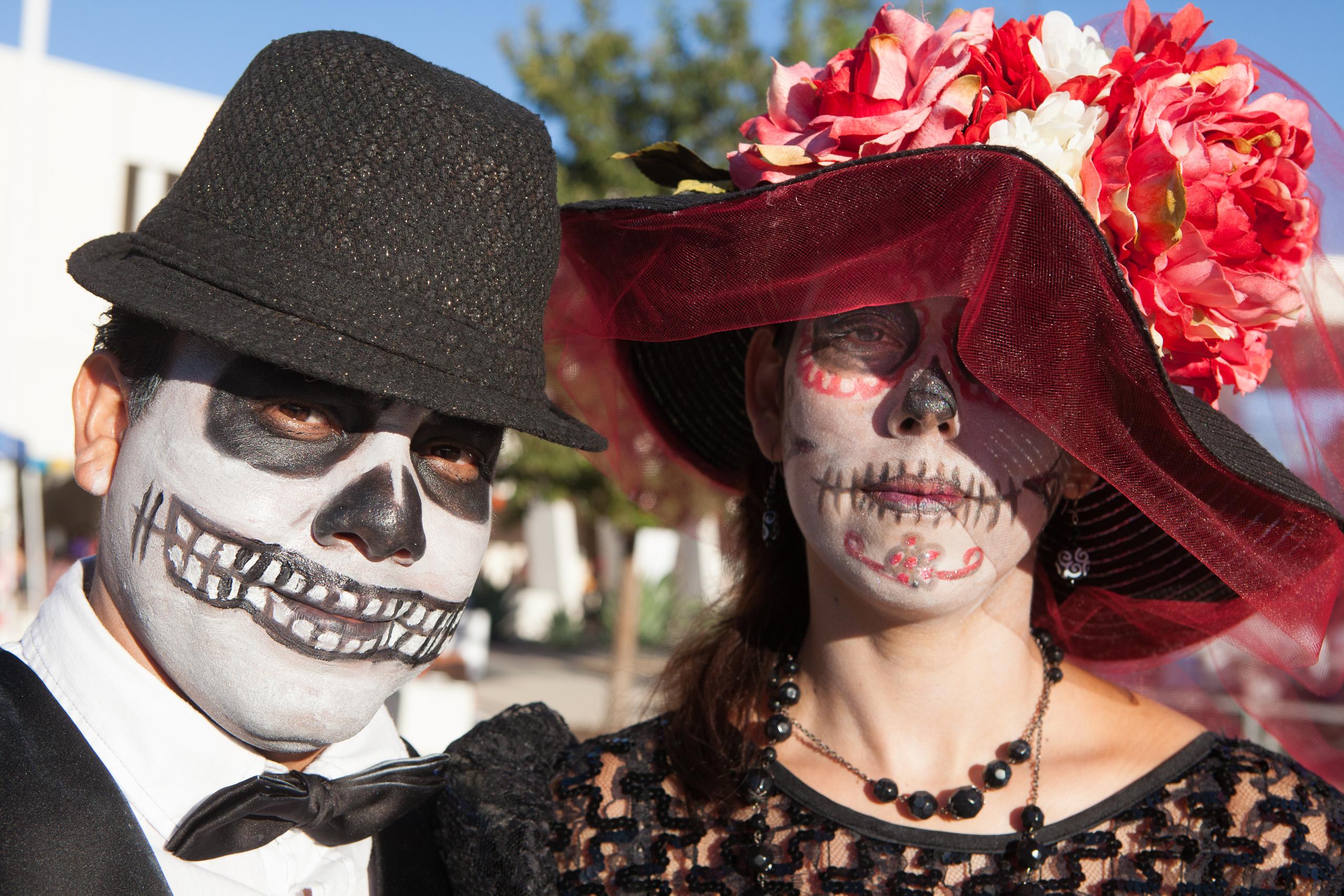 Diego y Frida Como Esqueletos (Diego and Frida As Skeletons)