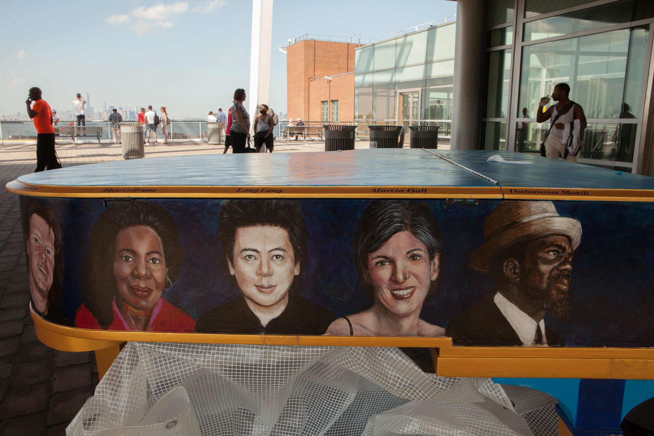 Piano, Staten Island Ferry Terminal