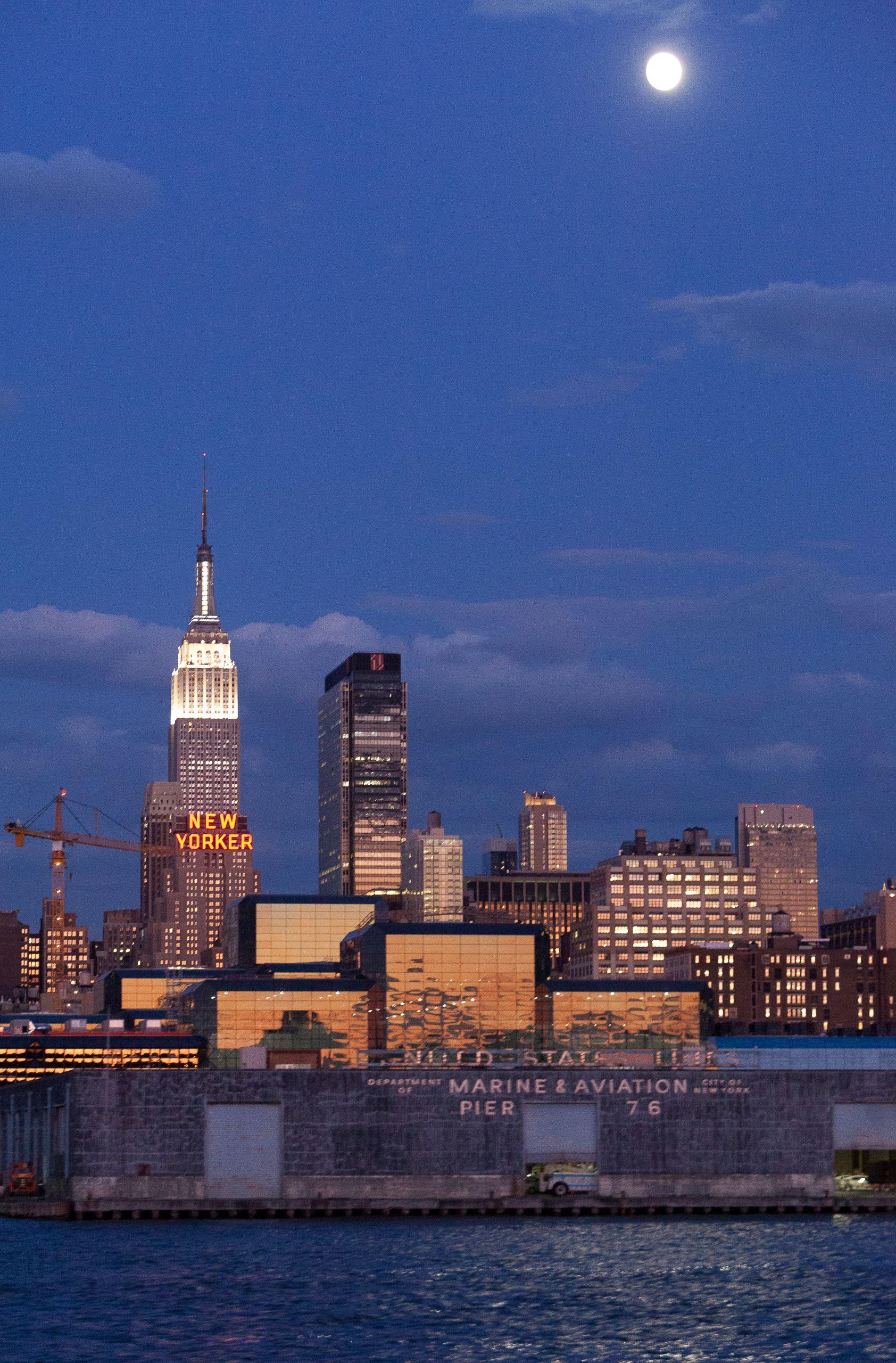 Pier 76, Manhattan