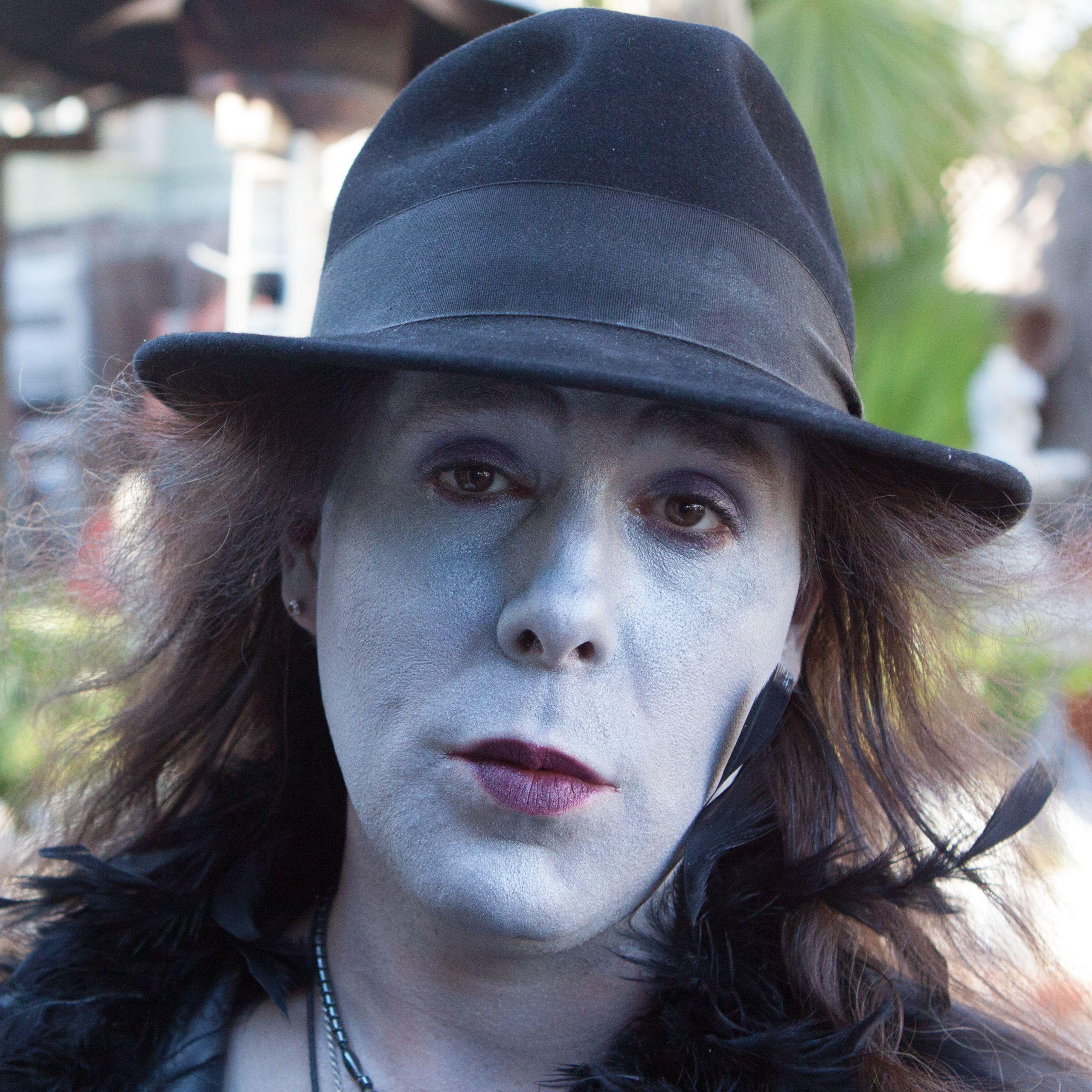 Jared Scott Walden as  Blue Woman