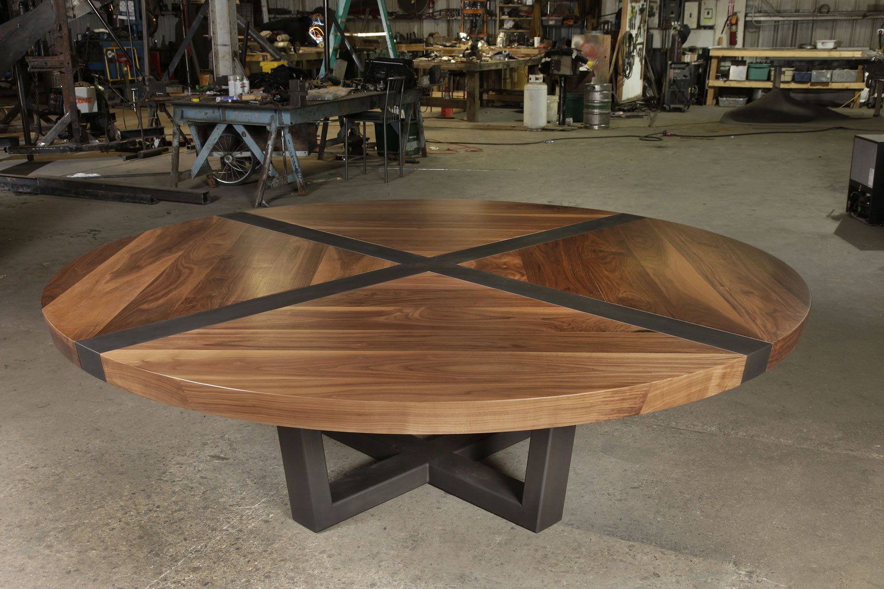 Tupelo table