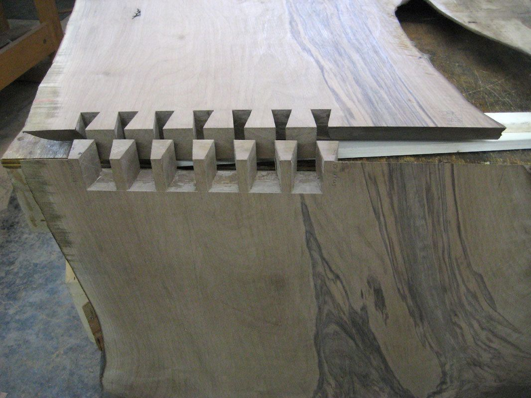 Wedge desk - detail