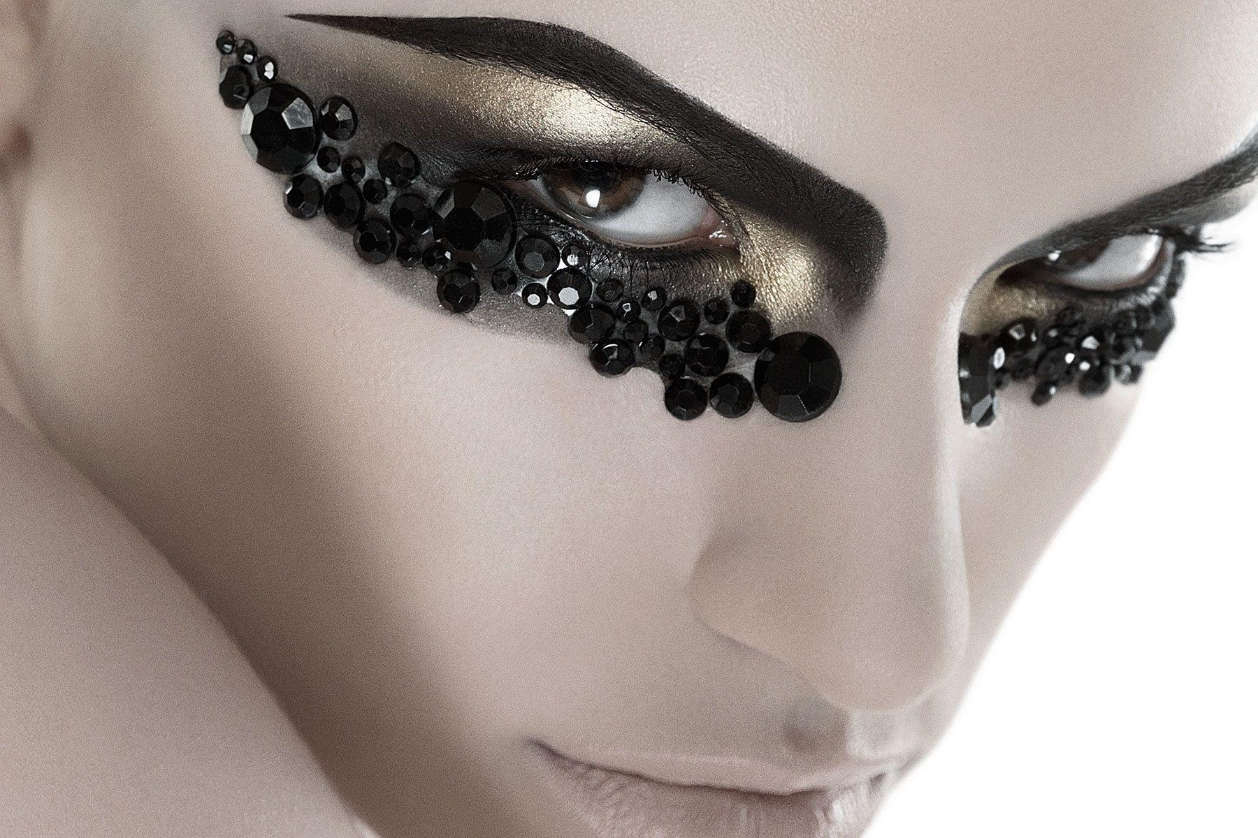 1beauty_fashion_close_up.jpg