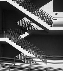 70_0_653_1shadows_stairs.jpg