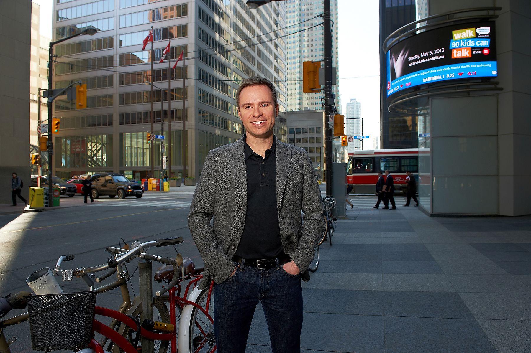 U of  T Scott Scheiman, location portrait