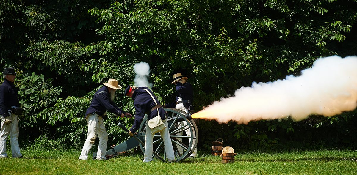 1812-Fort-York-Celebration-reenactment-Cannon-fire.jpg