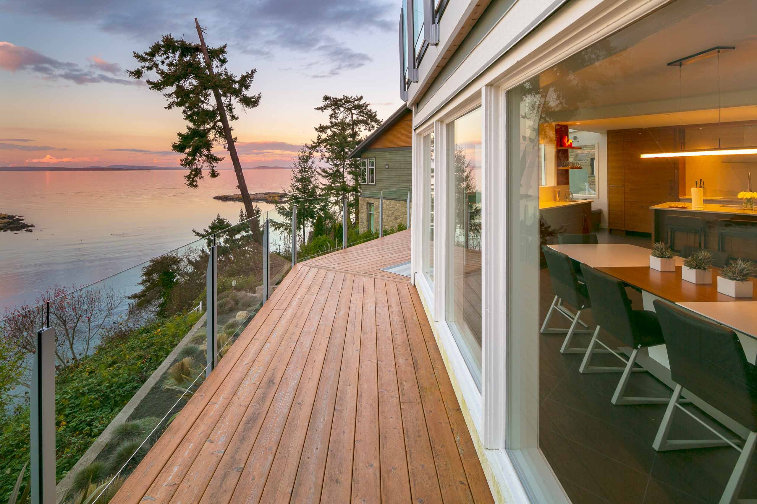 Luxury house photo - exterior ocean view deck