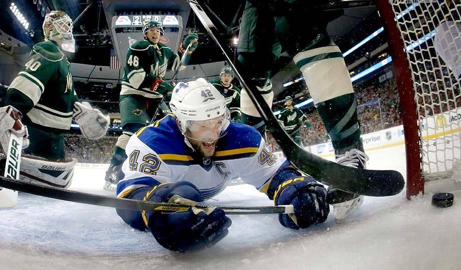 St. Louis Blues David Backes goal.