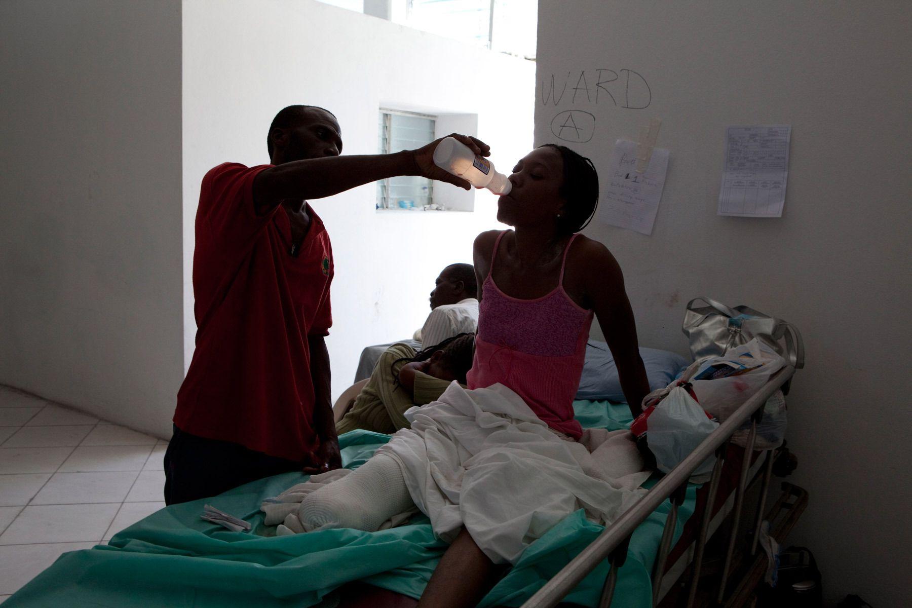 9_1r20100118_haiti504.jpg