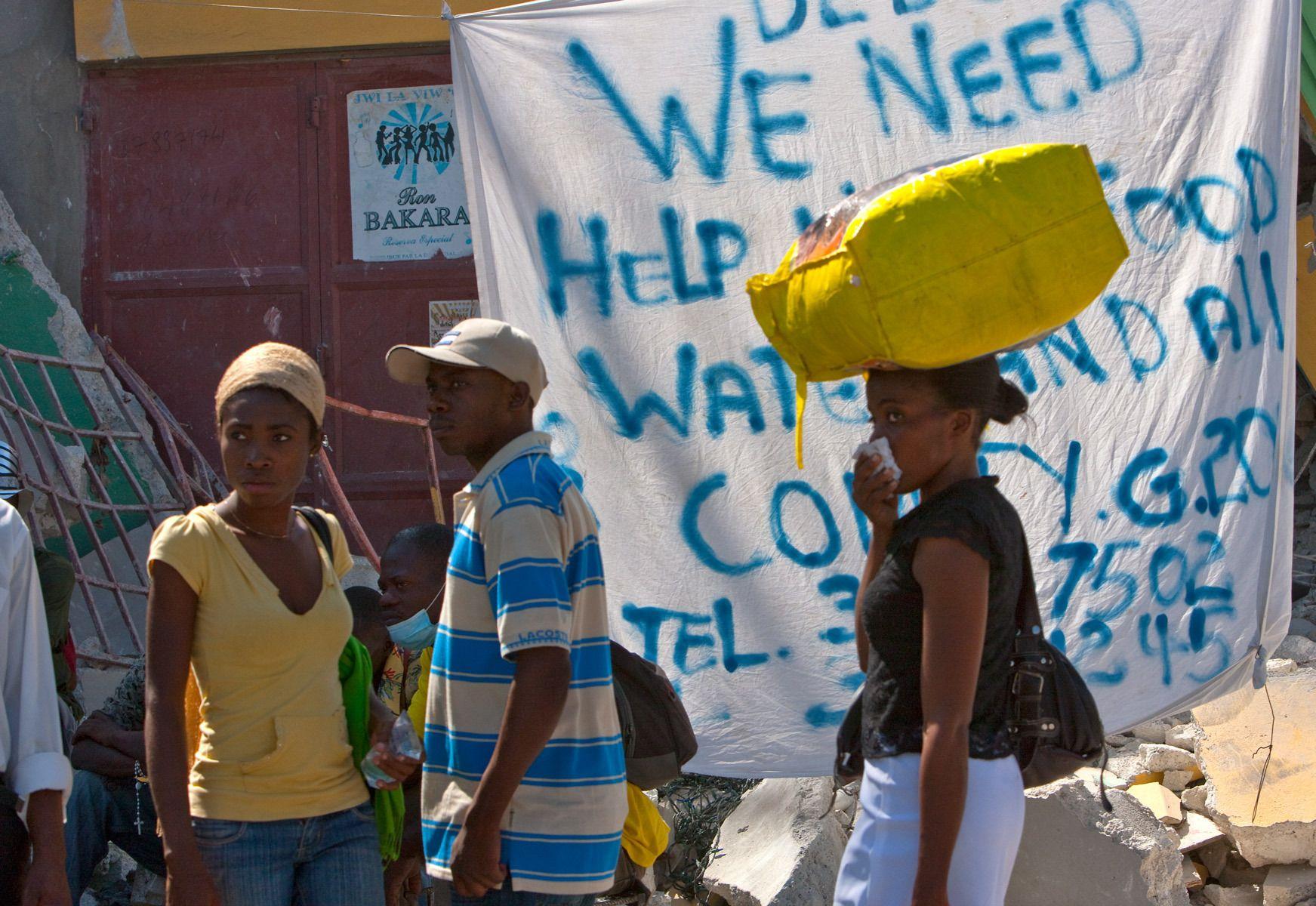 7_1r20100118_haiti147.jpg