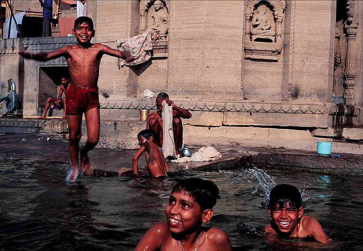 2_1india_swimmers.jpg